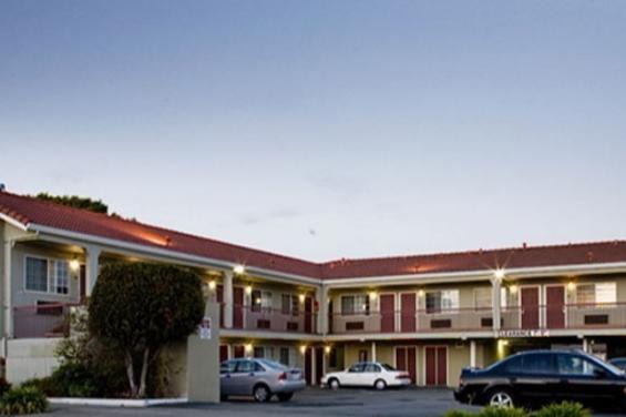 Regency_Inn__Suites.jpg