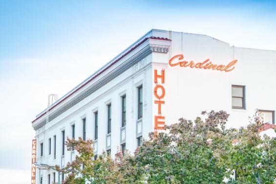 Cardinal Hotel 4