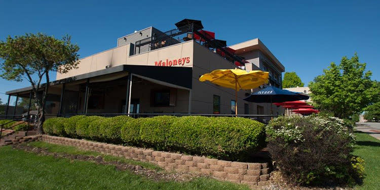 Maloney's-sports-bar-downtown-overland-park
