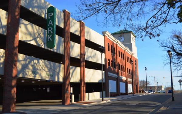 4th Street Parking Garage