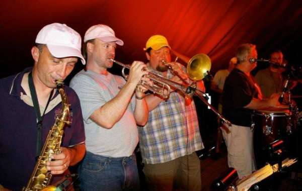Live Music in the Backyard-Big Mouth and the Power Tool Horns