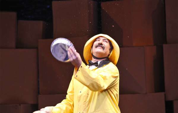 The Flying Karamazov Brothers Present 4 PLAY  Juggling and Cheap Theatrics