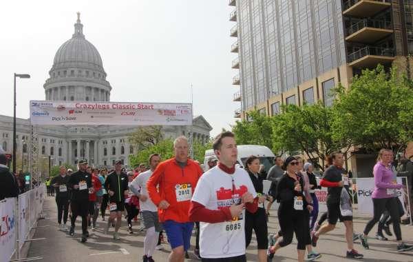 Crazylegs Classic 8K Run / 2 mile walk