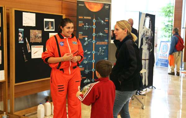Saturday Science at Discovery: Life in the Air