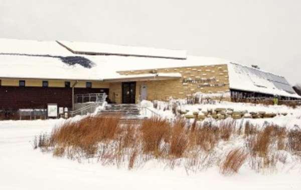 UW-Madison Arboretum Winter Enrichment Lecture: Gardening for Hummingbirds