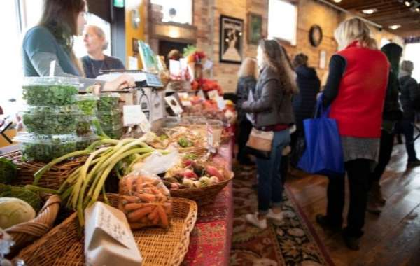 Fort Atkinson Holiday Open House and Market