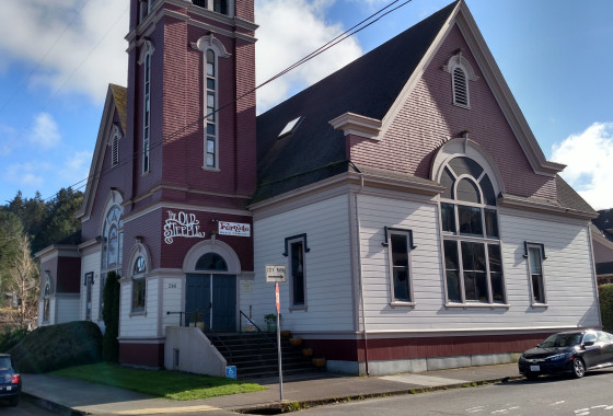 Ferndale Music Company and The Old Steeple