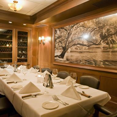 Dickie Brennan's Steakhouse Campagne Room
