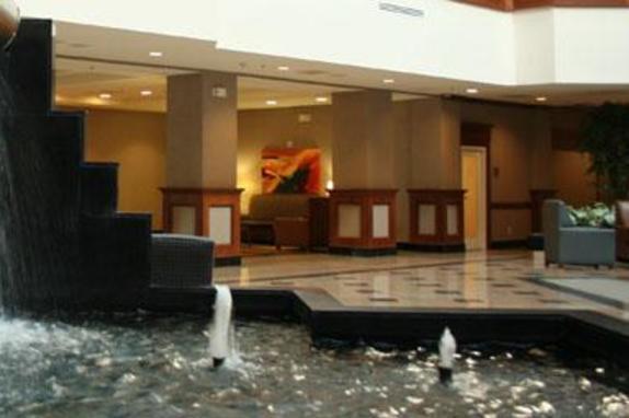 10792_4609_emassy suites water.JPG