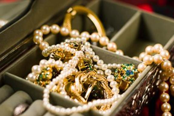 12415_6095_jeweleres 2.jpg