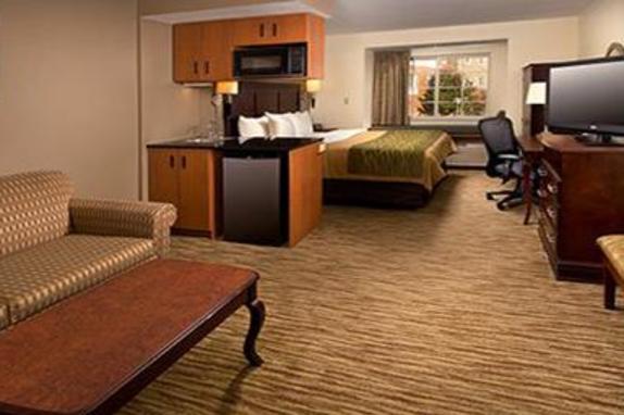140548_4818_CSIG King Room.JPG