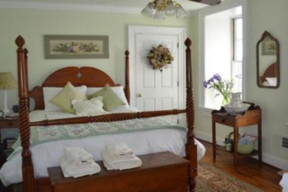 148918_4711_fieldstone room 3.jpg