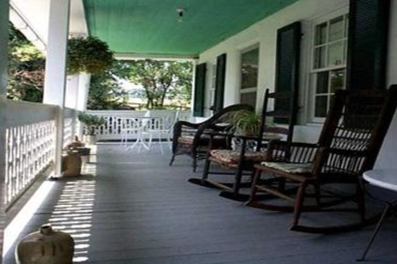 2237_4661_georges mill porch.jpg