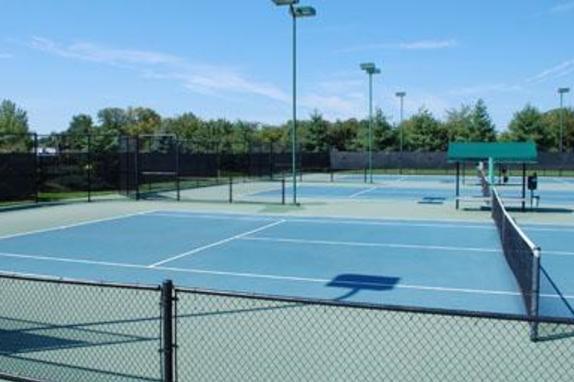 2256_6977_ida tennis.jpg