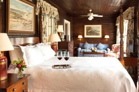 2271_3892_The Carlyle Jr. Suite at Goodstone.jpg