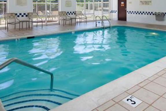 2561_4826_Fairfield Inn Pool.jpg