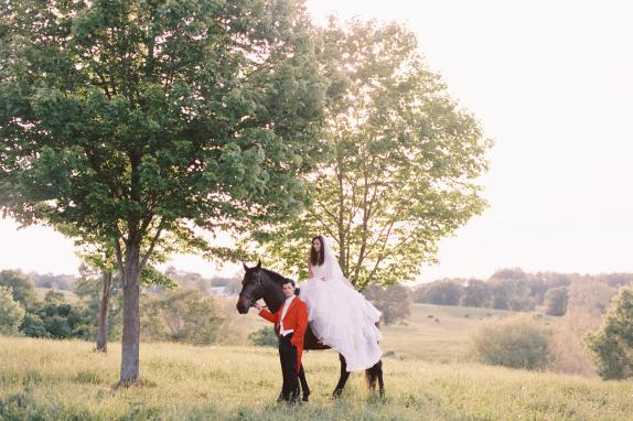 Bride & Groom - Horseback