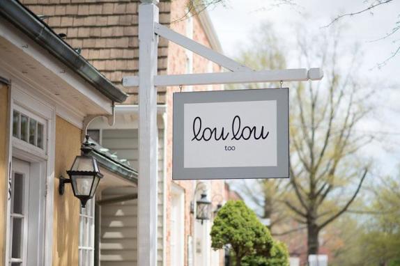 lou lou middleburg sign image 1