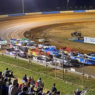 Southeast Dirt Modified Series (Title Series)