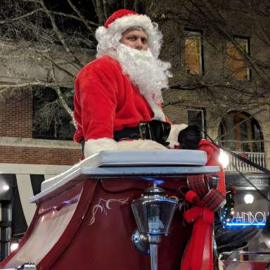 Carriage Rides with Santa