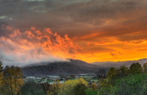 Bright Sunset Pantops Mountain