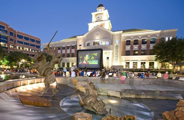 Free movie at Sugar Land Town Square