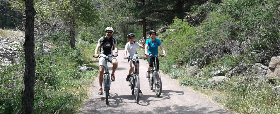 Family biking the Beyond Boulder Tours Taste of the Rockies