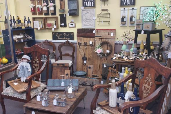 Market Street Antiques Interior