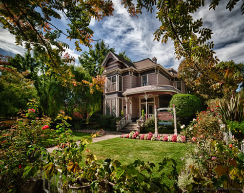 Hennessey House in Napa is a stately Victorian-style home with immaculately landscaped gardens.