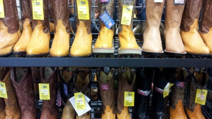 Justin Outlet Boot Store | Fort Worth