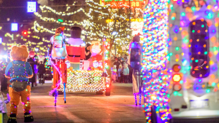 Traverse City 2020 Christmas Dinner 2020 Downtown Traverse City Strolling Light Parade | Traverse City