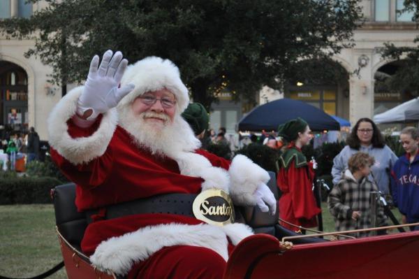 Merry Main Street Santa
