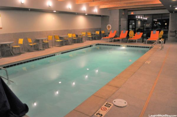 Home2 Suites Merrillville pool