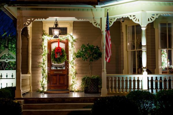 Spirit of Christmas Past - Luminaries Tour