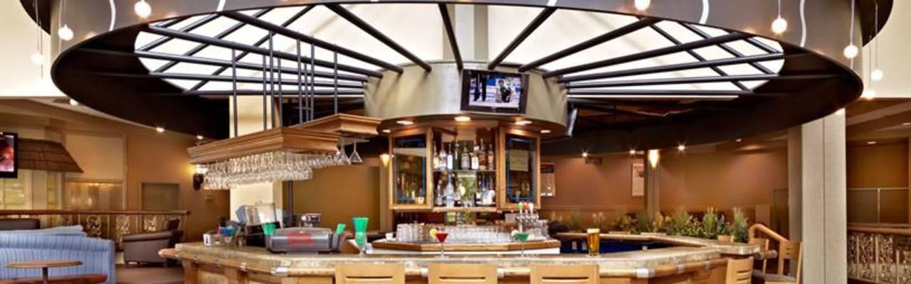 Saskatoon Inn Lounge