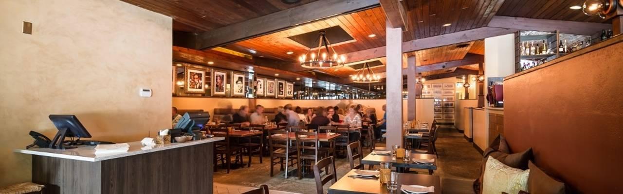 Taverna inside