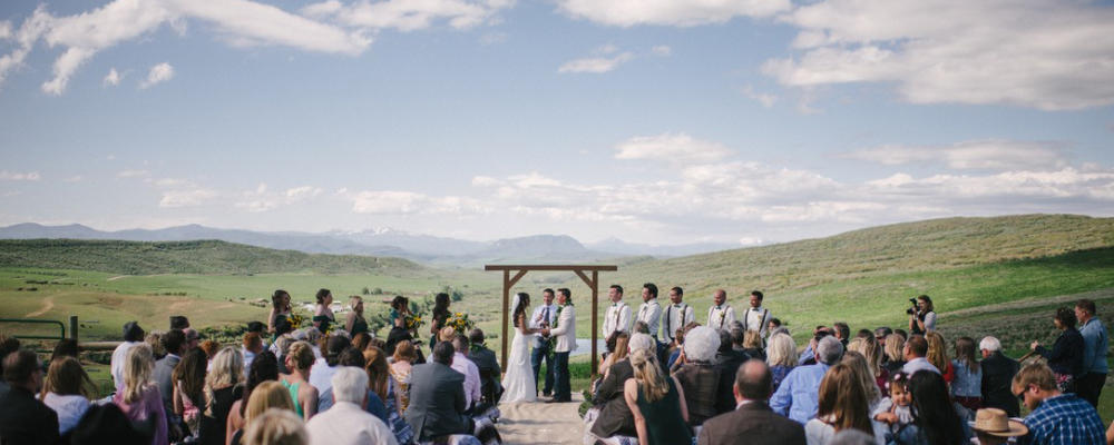 Lucky 8 Ranch is the ideal location for your wedding day