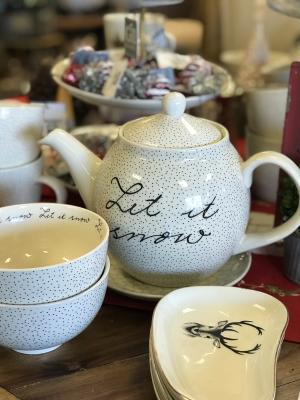 Let it Snow Teapot