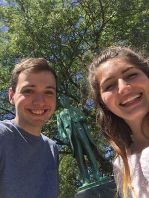 Selfie scavenger hunt