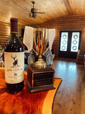White Tail Run Winery Bottle Of Chambourcin Oak in Edgerton, KS