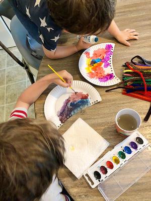 Kids making their own jellyfish crafts, Myrtle Beach, SC