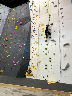 Auto Belay at Climb So iLL