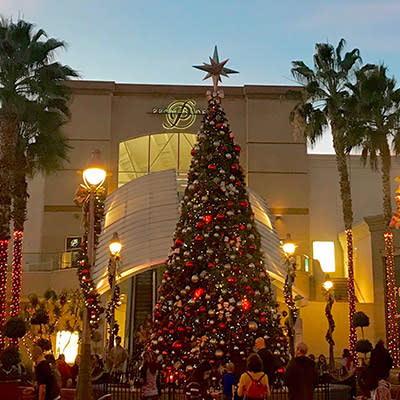 Holiday Shopping in Temecula Valley