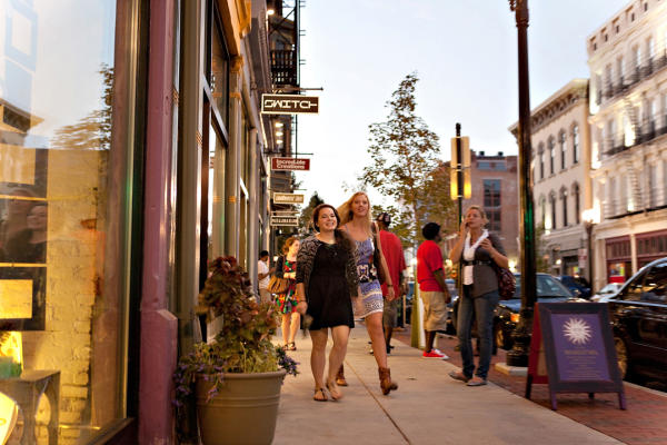 Shopping on Vine Street, over the rhine OTR