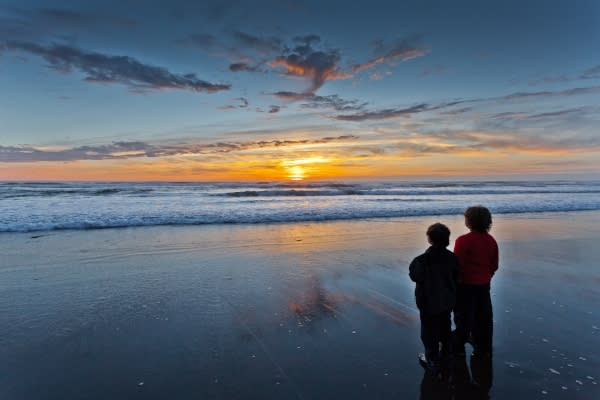 Oregon Coast Sunset by Quentin Furrow