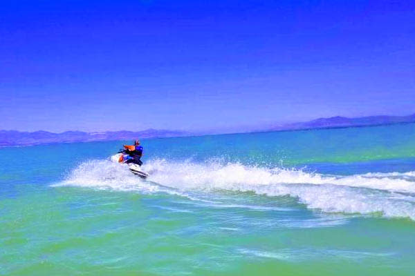 utah lake jet skiing