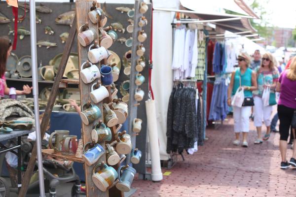 Arts and Craft Vendors