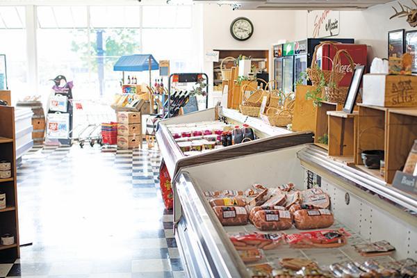 Fort Wayne Magazine Jamison Meat Market, Photo by Ruth Yaro