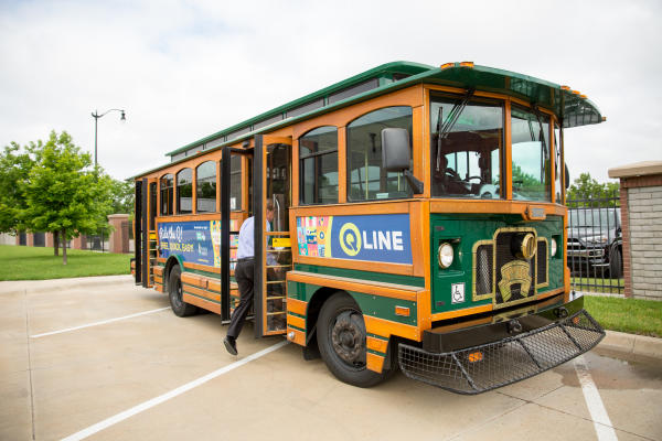 Wichita KS free trolley the Q-Line Trolley