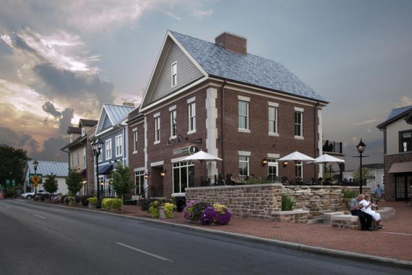 Building in Historic Dublin, Ohio durinig sunset.